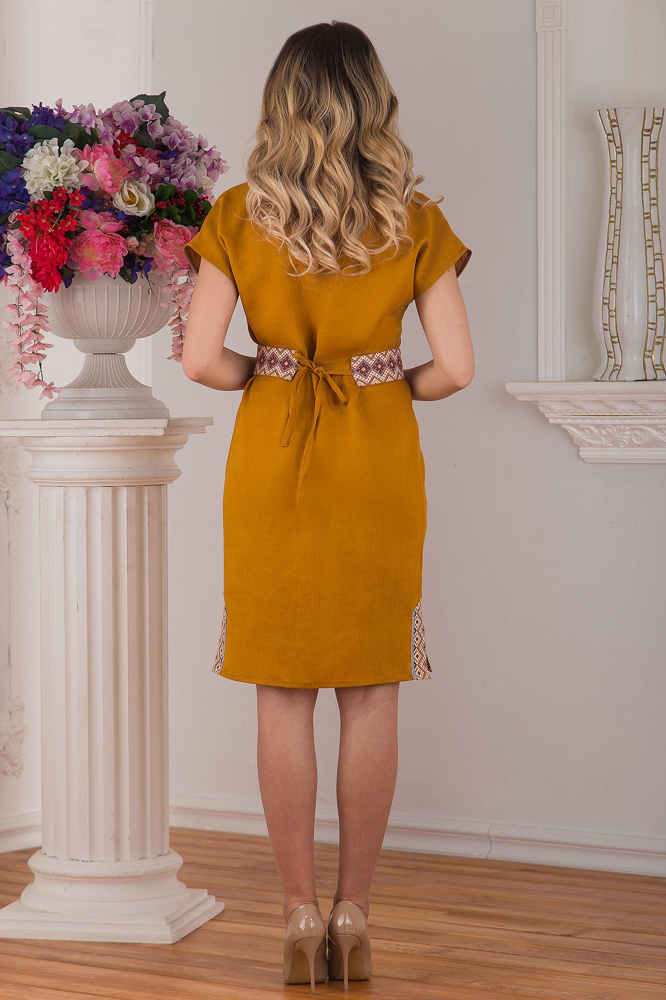 Современное льняное платье Византия от Иванка вид сзади
