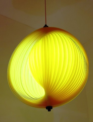 replica Verner Panton Moon  table lamp ( yellow )