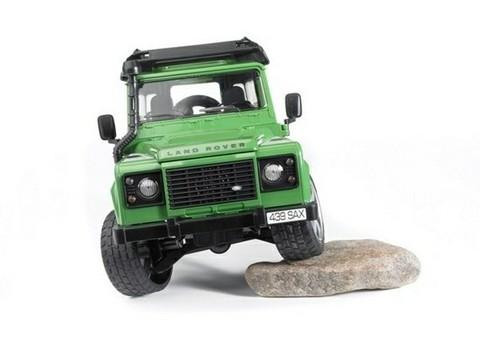 Bruder: Внедорожник Land Rover Defender, 02-590