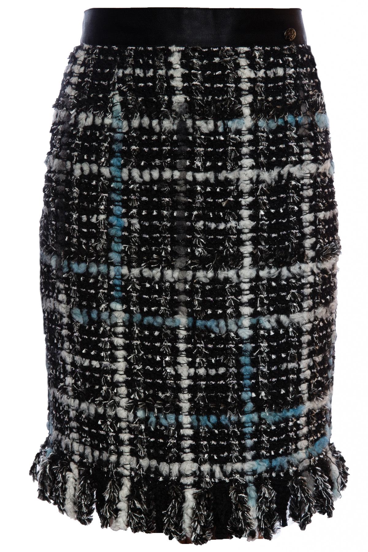 Элегантная юбка в клетку из твида от Chanel, 42 размер.