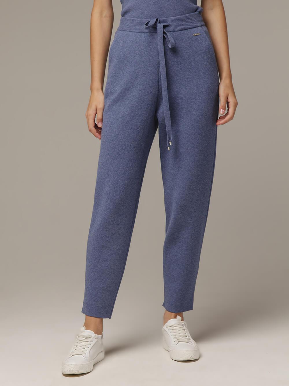 Женские брюки голубого цвета из вискозы