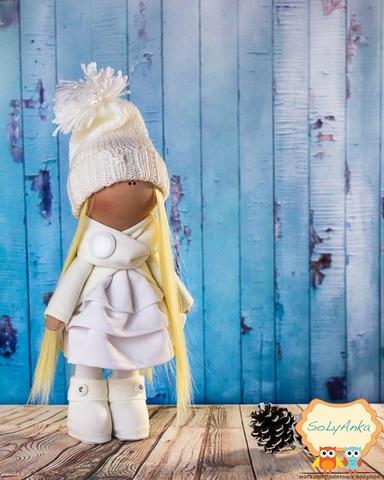 Кукла Анабель из коллекции - Winter doll
