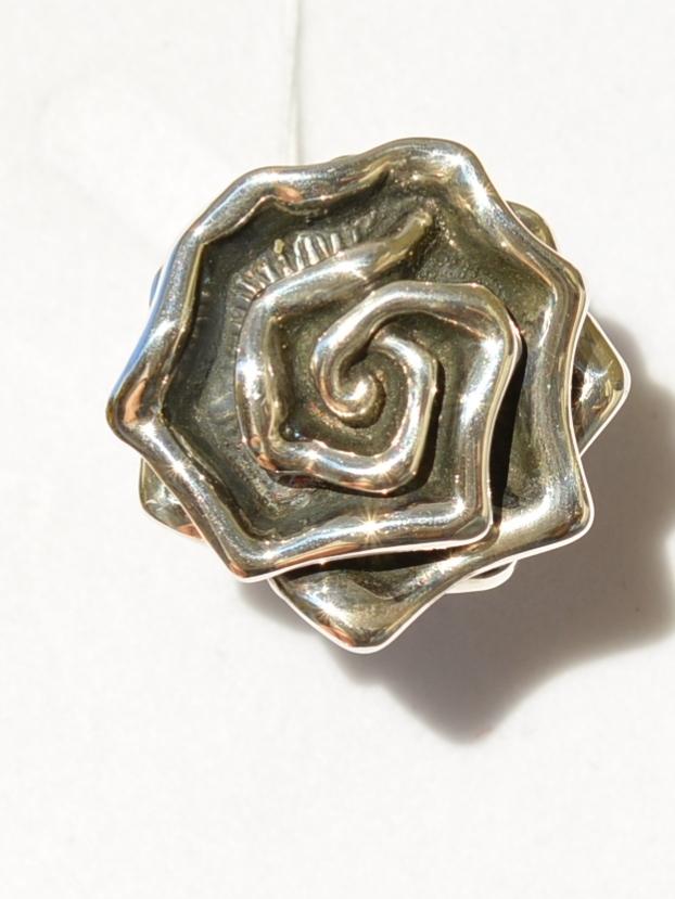 Роза гео. (кольцо из серебра)