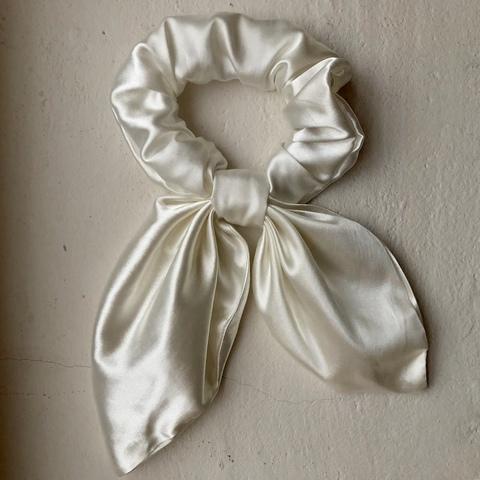 Резинка для волос Седжи, молочно-белая