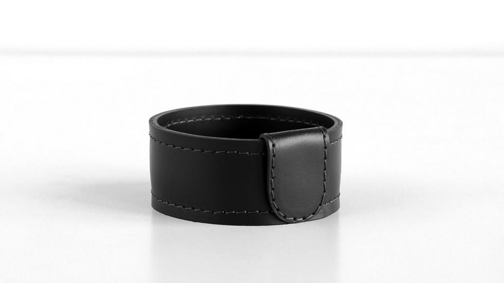 Мелочница круглая артикул H4 Бизнес кожа Cuoietto цвет черный.