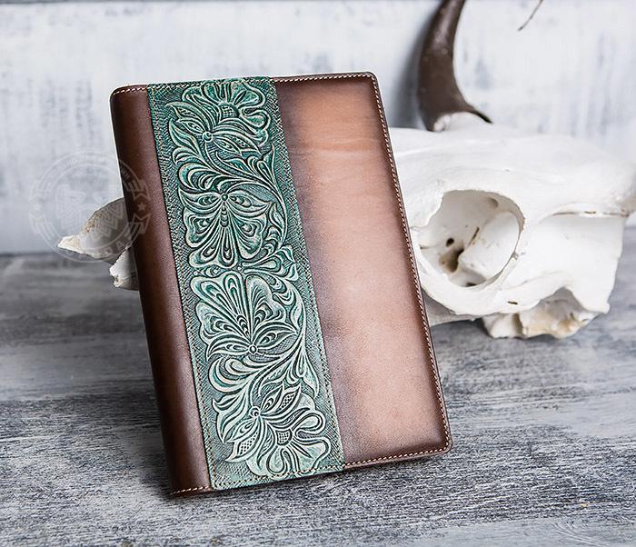 BY05-12-02 Подарочный кожаный ежедневник с рисунком «Шеридан» (формат А5) фото 02