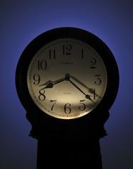 Часы напольные Howard Miller 615-005 Nashua