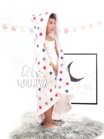 дитячий рушник з капюшоном з синіми і червоними зірками фото