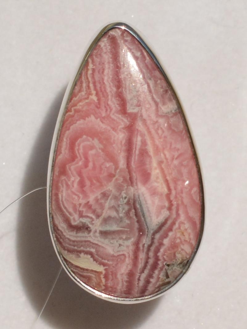 Родохрозит груша (кольцо из серебра)