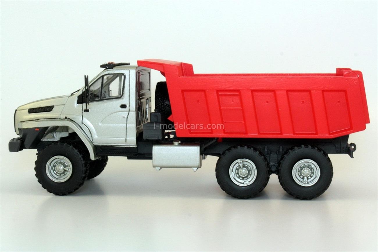 Ural-Next 55571-5121-72 6x6 handmade 1:43