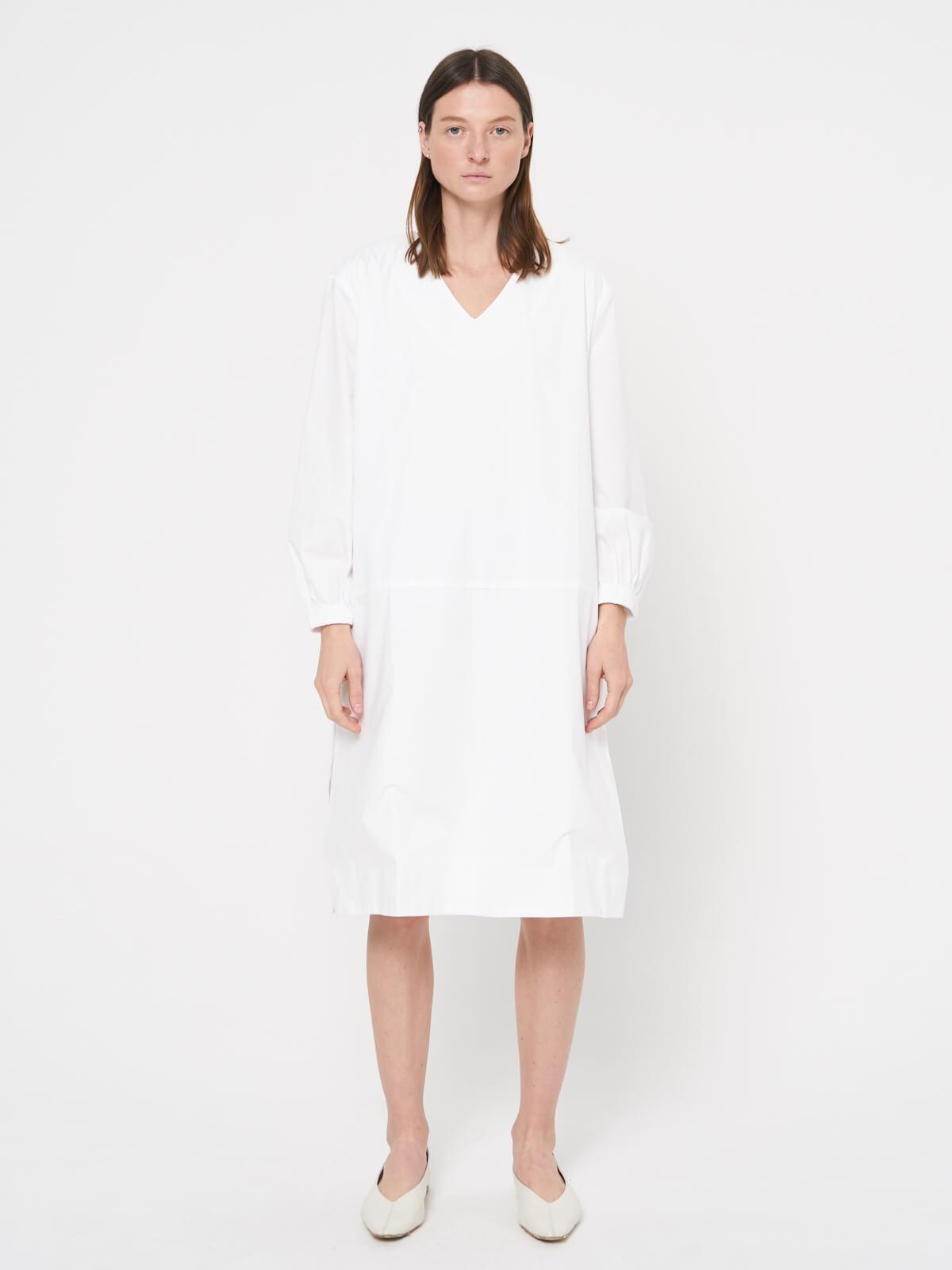 Платье-рубашка с резинками на рукавах