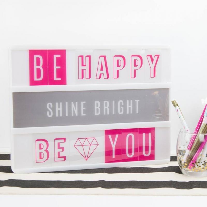 Сменные пластиковые слайдеры Favorite для светильника Lightbox   -   Heidi Swapp
