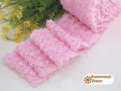 Ткань Розы на сетке светло-розовая