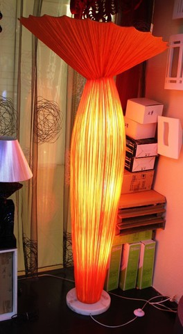 Floor lamp Evening by Ayala Serfaty ( red+yellow)