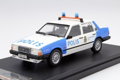 "1:43 Volvo 740 Turbo ""Stockholm City Police"" (полиция Швеции) 1985"