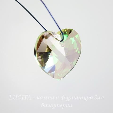 6228 Подвеска Сваровски Сердечко Crystal Luminous Green (10,3х10 мм)