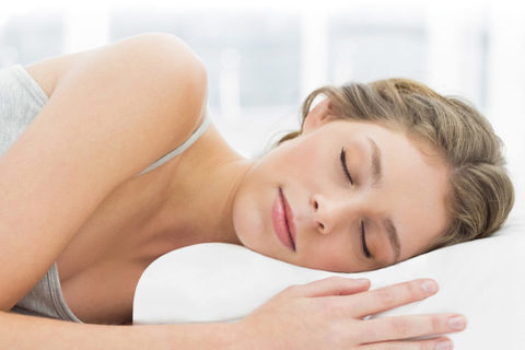 Ортопедическая подушка Memory с эффектом памяти  помогает телу прин...
