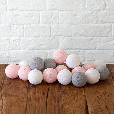 Гирлянда из хлопковых шариков Розово-серая