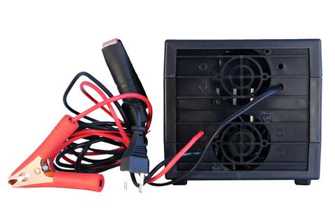 Пуско-зарядное устройство ВЫМПЕЛ-70 (12В, 10A)