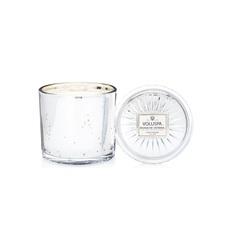 Ароматическая свеча Voluspa Край позолеченного серебра в большом стеклянном подсвечнике с крышкой