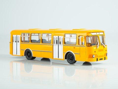 LIAZ-677M orange 1:43 Modimio Our Buses #8