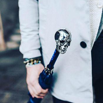 Зонт-трость Pasotti Umbrella with Studs and Silver Skull, Италия