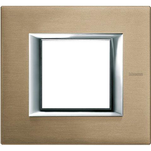 Рамка 1 пост, прямоугольная форма. АЛЮМИНИЙ. Цвет Титан. Немецкий/Итальянский стандарт, 2 модуля. Bticino AXOLUTE. HA4802NX