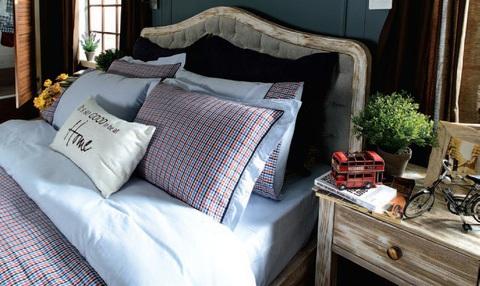 Постельное белье 2 спальное евро макси Casual Avenue Richmond синее-красное