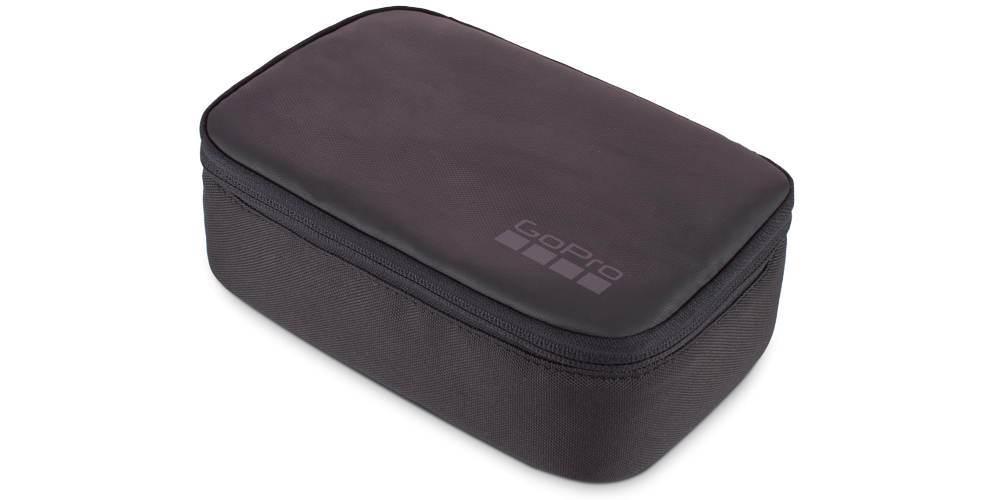 Кейс для камеры и аксессуаров GoPro Compact Case (ABCCS-001) закрытый