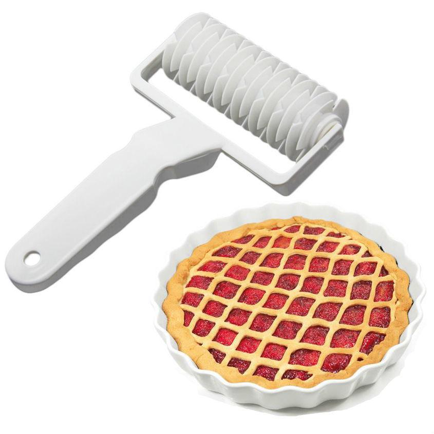 Кухонные принадлежности и аксессуары Ролик для нарезки теста Netting Knife d6b523a571896dc2f124840846fb727c.jpg