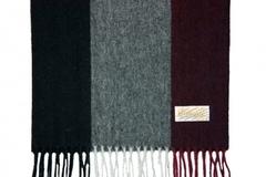 Шерстяной шарф  полосатый черный 30661