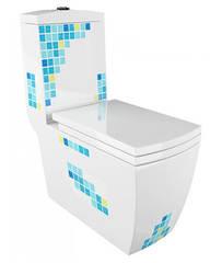 Унитаз-моноблок Arcus 050 MM с декором, горизонтальный выпуск, дюропластовое сиденье с микролифтом