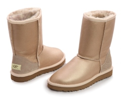 /collection/zhenskie-uggi/product/ugg-classic-short-metallic-sand