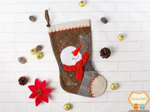 Рождественский носок серый. Снеговик.