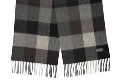 Шерстяной шарф в клетку серый 31381