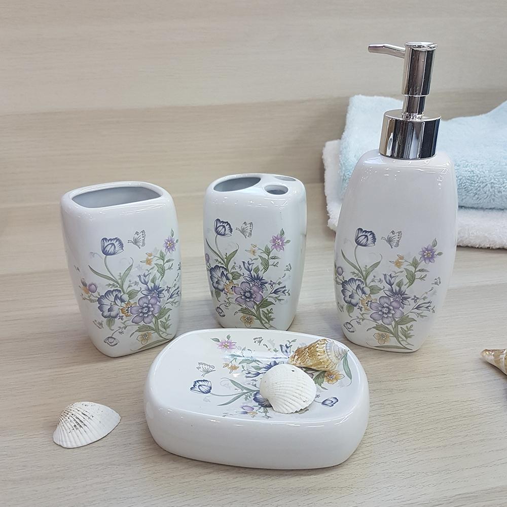 Ванный набор, керамика, белый с цветочным принтом.