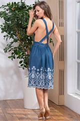 Синий сарафан-трансформер с вышивкой