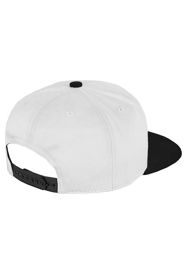 Белая кепка с черным козырьком фото