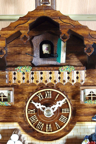 Часы настенные с кукушкой Trenkle 1504