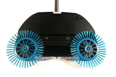 <p>Механический веник Spin Broom (Ураган) собирает с пола пыль, гря...