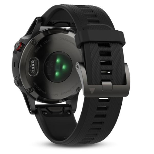 Fenix 5 Sapphire черные с черным ремешком и HRM-Tri