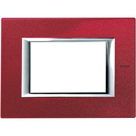 Рамка 1 пост, прямоугольная форма. ЛАКИРОВАННЫЕ. Цвет Рубин. Итальянский стандарт, 3 модуля. Bticino AXOLUTE. HA4803RC
