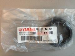 Пыльник передней вилки  Yamaha 4PU-23144-00 (43х55,5х13)
