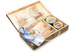 Астраханский набор в деревянной шкатулке, Premium