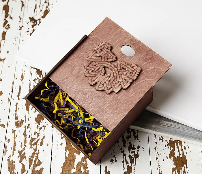 BOX218-3 Коробка для подарков из дерева с логотипом «Борода» (17*17*7 см) фото 05