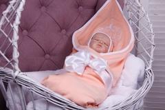 Летний комплект на выписку новорожденных из роддома Queen (персик)
