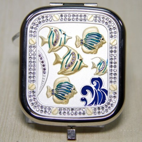Зеркало с рыбками