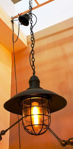vintage chandelier  50-02  ( by Funky Vintage )