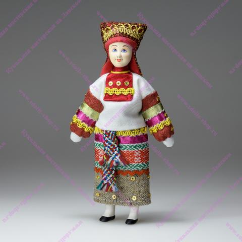 Кукла в мордовском костюме