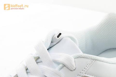 Светящиеся кроссовки с USB зарядкой Fashion (Фэшн) на шнурках, цвет белый, светится вся подошва. Изображение 17 из 29.